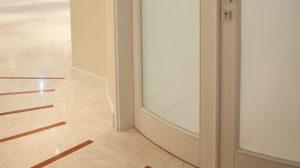 مرمریت صلصالی در کف